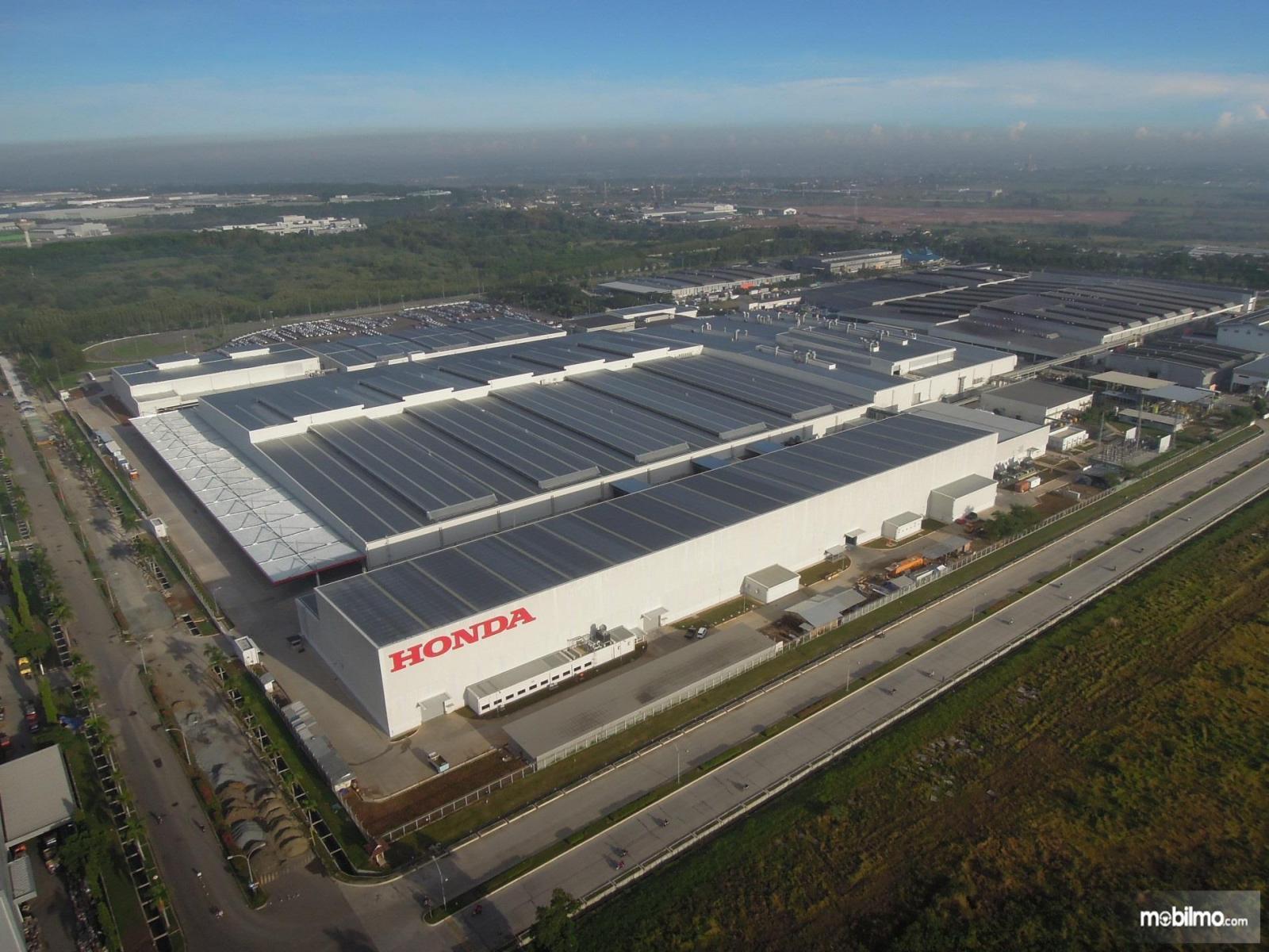Foto menunjukkan pabrik Honda di Indonesia