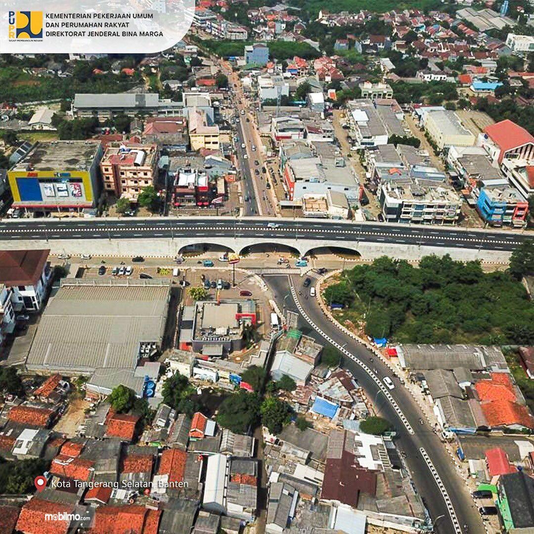 Foto menunjukkan Flyover Martadinata Simpang Gaplek Tangerang Selatan