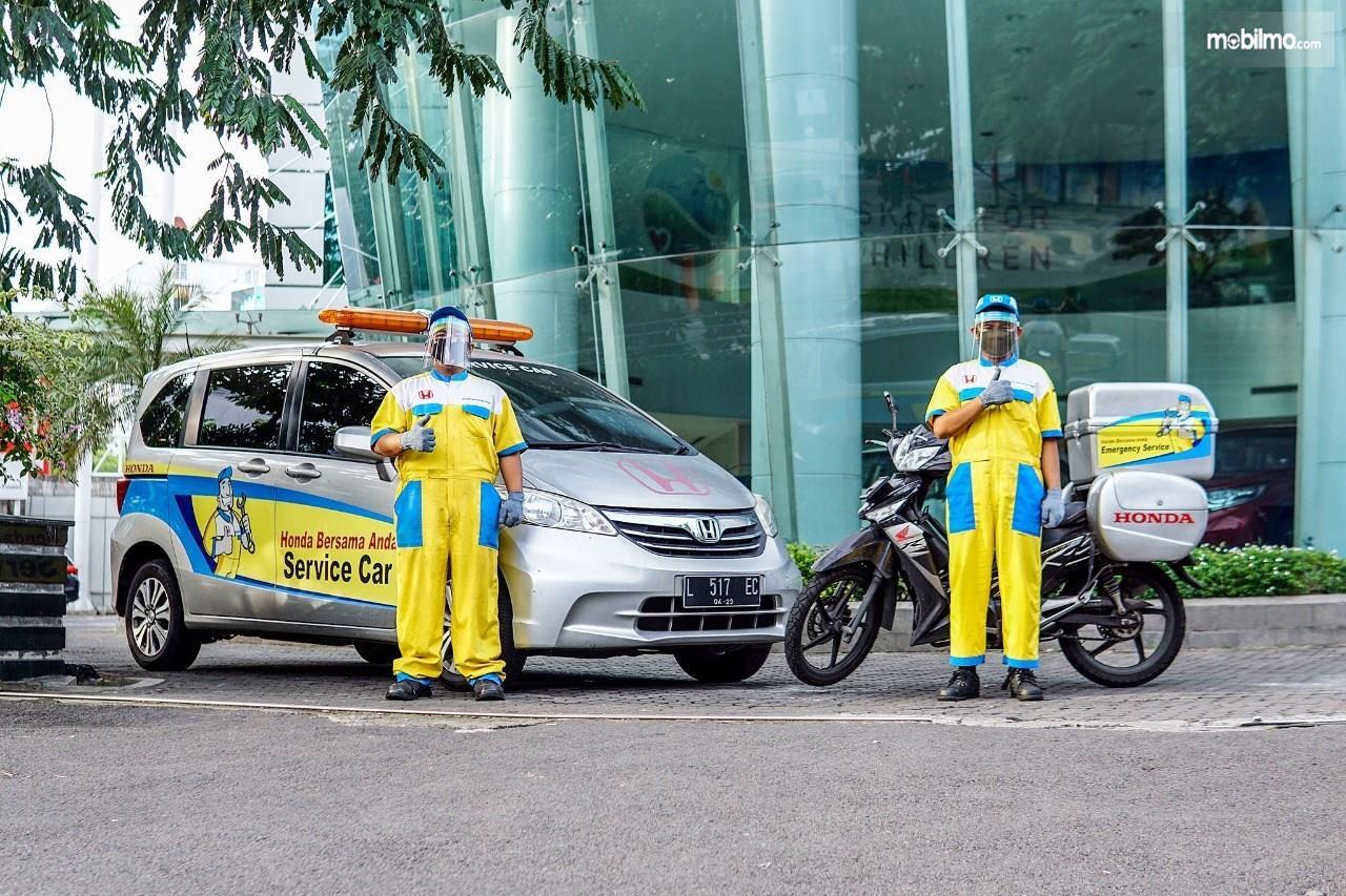 Foto menunjukkan layanan Honda Service