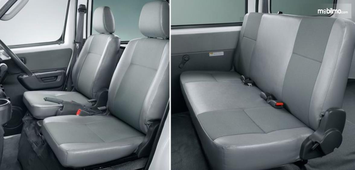 Gambar ini menunjukkan jok mobil Daihatsu Gran Max