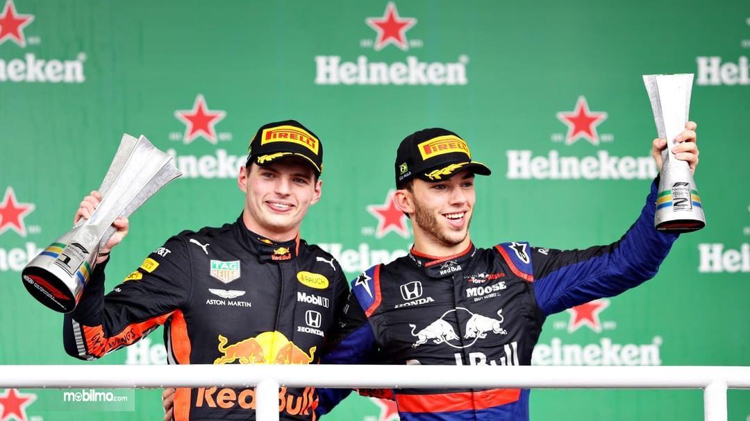 Foto tim Honda saat memenangkan balapan F1 2019