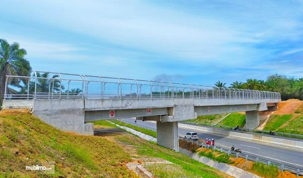 Foto salah satu Overpass Tol Permai