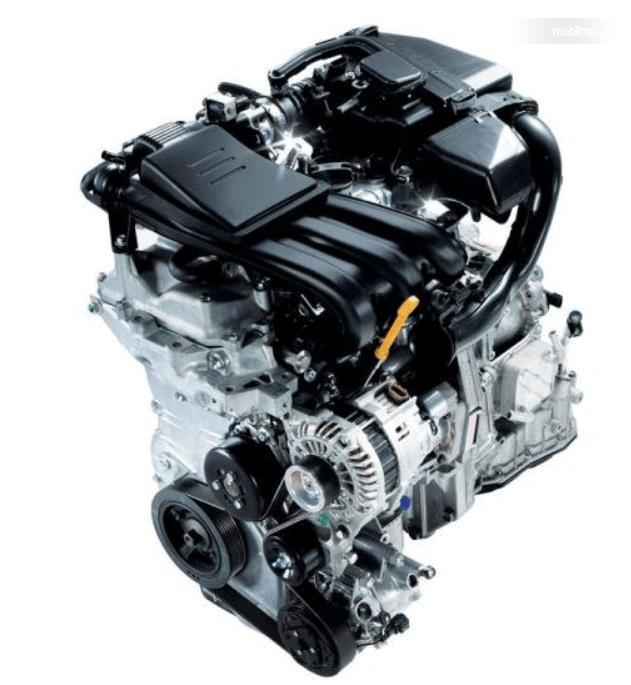 Gambar ini menunjukkan mesin mobil Datsun GO+ Panca CVT 2019