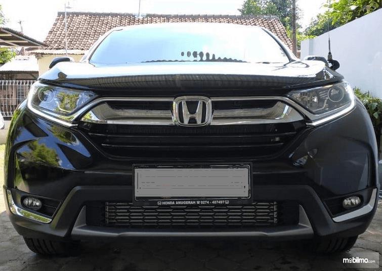 Gambar ini menunjukkan bagian depan All New Honda CR-V 1.5L Turbo 2019