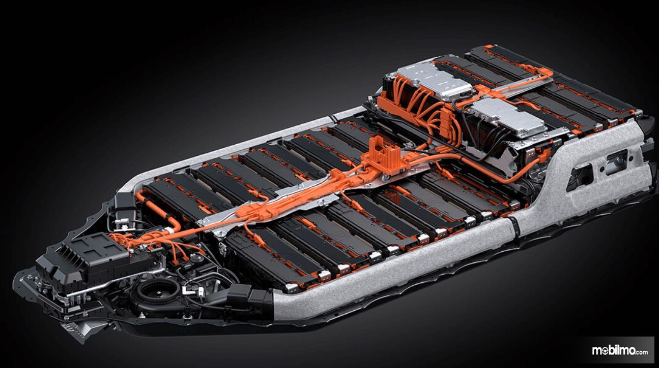 Gambar ini menunjukkan baterai Lexus UX 300e 2020