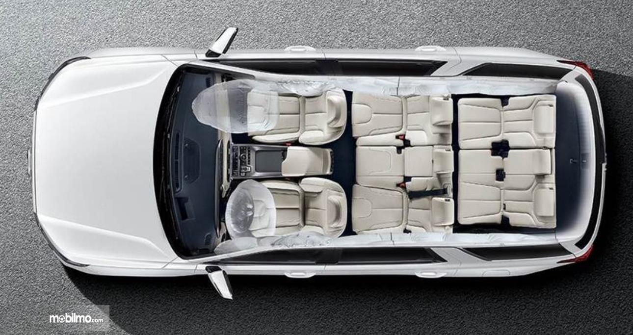 Gambar ini menunjukkan jok mobil Hyundai Palisade