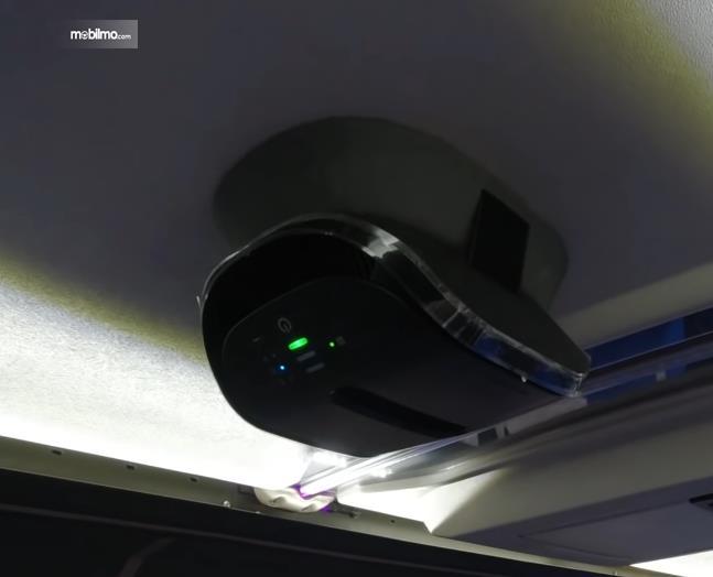 Gambar ini menunjukkan HEPA System di bus