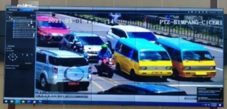 Gambar ini menunjukkan hasil tangkapan CCTV