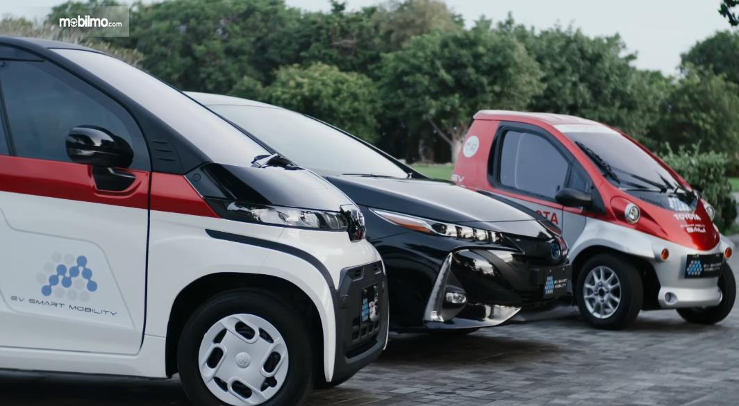 Beberapa mobil untuk memberikan layanan EV Smart Mobility Di Bali