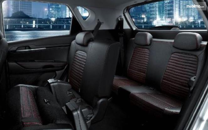 Gambar ini menunjukkan jok KIA Sonet Premiere 7 Seater 2021