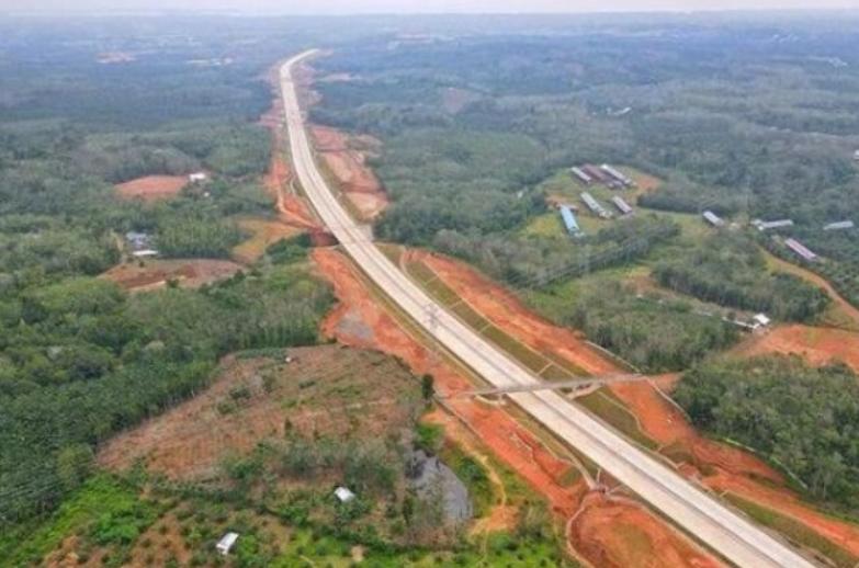 Gambar ini menunjukkan Jalan Tol Lubuk Linggau - Curup - Bengkulu