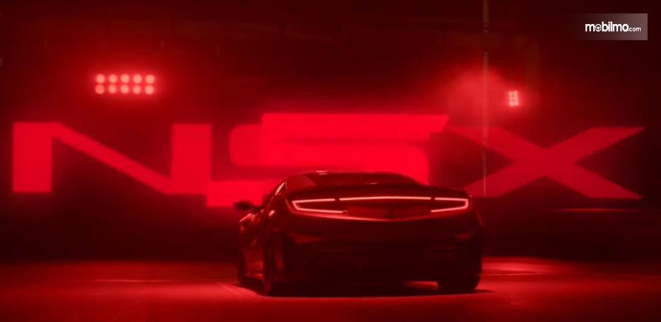 Gambar ini menunjukkan tampilan belakang Honda NSX Type S dalam teaser terbarunya