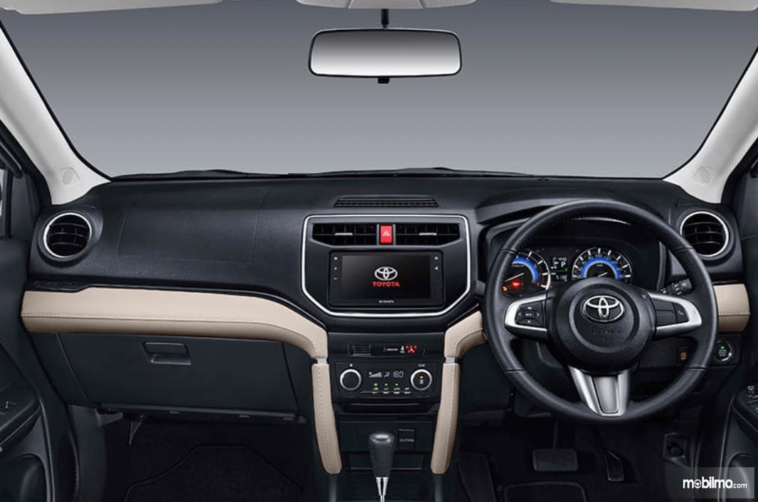 Gambar ini menunjukkan kabin depan Toyota Rush GR Sport 2021