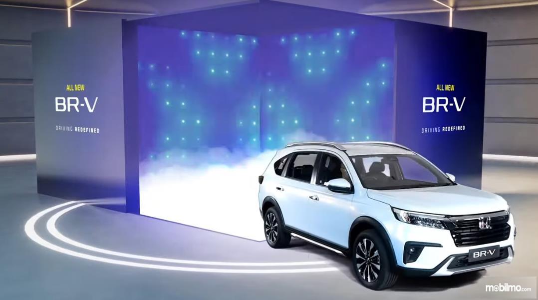 Gambar ini menunjukkan peluncuran mobil All New Honda BR-V generasi kedua