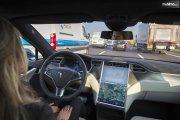 Polisi Kejar Pengemudi yang Tertidur di Mobil Semi-Otonom Tesla Sejauh 11 Kilometer