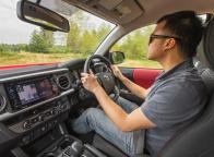 Pastikan Posisi Duduk yang nyaman Saat berkendara Ketika Melakukan perjalanan Mudik
