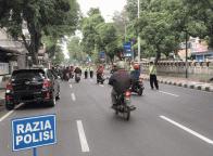 Waspada, Jangan Tertipu Polisi Palsu Yang Merazia Kendaraan Sendirian