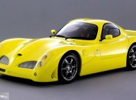 Mobil Nyentrik Ini Pakai Mesin Suzuki Hayabusa