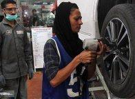 Uzma Nawaz, Mekanik Wanita di Lingkungan Otomotif Laki-Laki Pakistan