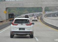 Slipstream di Jalan Tol, Lebih Besar Bahayanya Ketimbang Untungnya