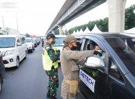 Tak Penuhi Persyaratan, 4.599 Kendaraan Ke Jakarta Diarahkan ke Karawang