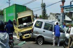 Minimalisis Kecelakaan Di Jalan Raya, Perhatikan 11 Tips Aman Berikut