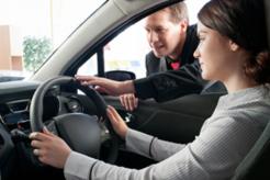 Beberapa Hal Yang Perlu Diperhatikan Saat Ingin Membeli Mobil Pertama Yang Diimpikan