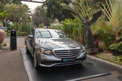 Review Mercedes-Benz E350 EQ 2018