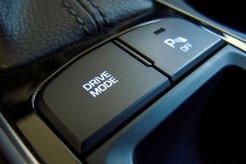 Ada Fitur Mode Berkendara di Mobil Anda? Pelajari Fungsi dan Waktu Yang Tepat Menggunakannya