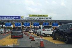 Ada Drive Thru Di Tol Semarang, Isi Ulang E-Toll Jadi Makin Mudah
