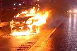 Waspada! Ada Banyak Faktor Penyebab Mobil Terbakar