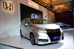 Review All New Honda Odyssey 2017
