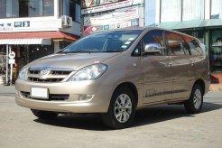 Review Toyota Kijang Innova 2004