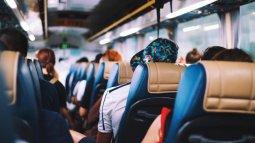 Minimalisir Risiko, Perhatikan Sekeliling Saat Naik Angkutan Umum