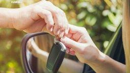 Biar Cepat Laku Menjual Mobil Saat Ini, Perhatikan Hal Berikut!