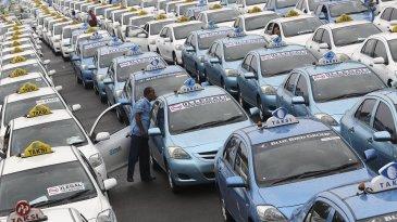 Ini Kriteria Mobil Yang Layak Jadi Armada Taksi Blue Bird