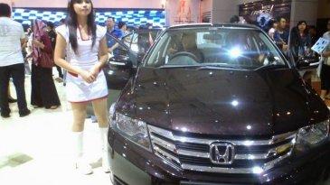Daftar Mobil Sedan Yang Paling Laris di Indonesia