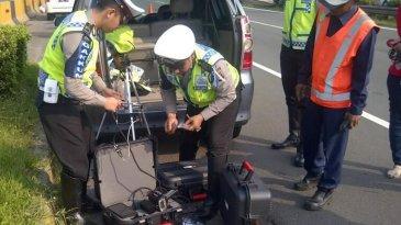 Hari Ini Ditlantas Polda Metro Jaya Uji Coba Penggunaan Speed Gun Atau Alat Pengukur Kecepatan