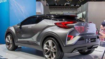 Kapan Toyota C-HR Mulai Dipasarkan?