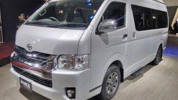 Commercial Van, Toyota New Hiace Luxury Tampil Mewah Dengan 11 Seat