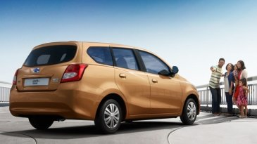 Daihatsu Sigra Hadir Lebih Besar Dibanding Datsun GO+ Panca
