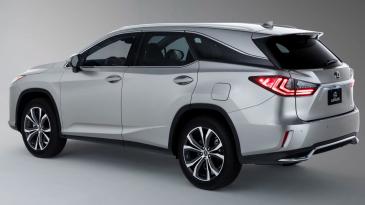 Lexus Terbaru Muat Lebih Banyak Penumpang