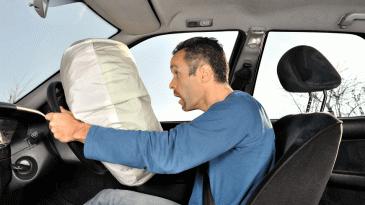 Serba-Serbi Fitur Airbag Pada Mobil Yang Perlu Diketahui