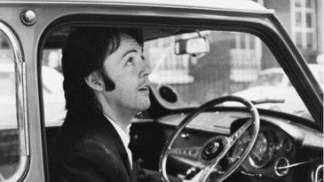 Mini Cooper Milik Paul McCartney Pecahkan Penjualan Mini Termahal
