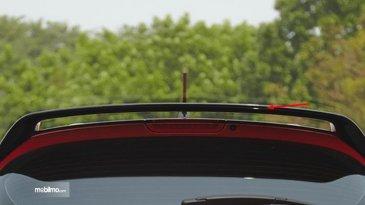 Mengenal Fungsi Spoiler Mobil Yang Sebenarnya