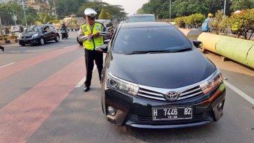 Berharap Maaf Dari Petugas, Pelanggar Ganjil Genap Lontarkan Banyak Alasan