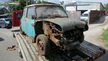 Menjadi Rongsokan Selama 40 Tahun, Mini Cooper Ini Dijual Seharga Mobil Baru