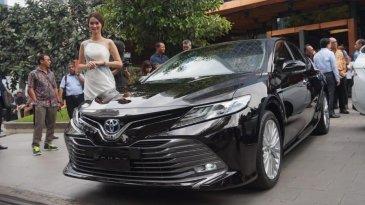 Hadir Di Tengah Hingar Bingar Avanza-Xenia,  All New Toyota Camry Jadi Kejutan Awal 2019
