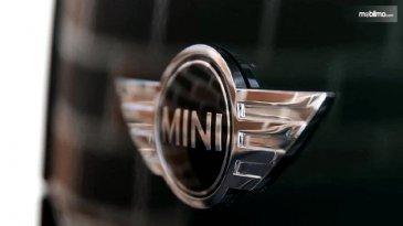 Mini Indonesia Mengintip Peluang Di Bandung Untuk Buka Diler Resmi