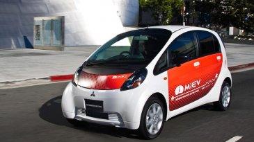 Presiden Teken Aturan Mobil Listrik, Ini Harapan Mitsubishi